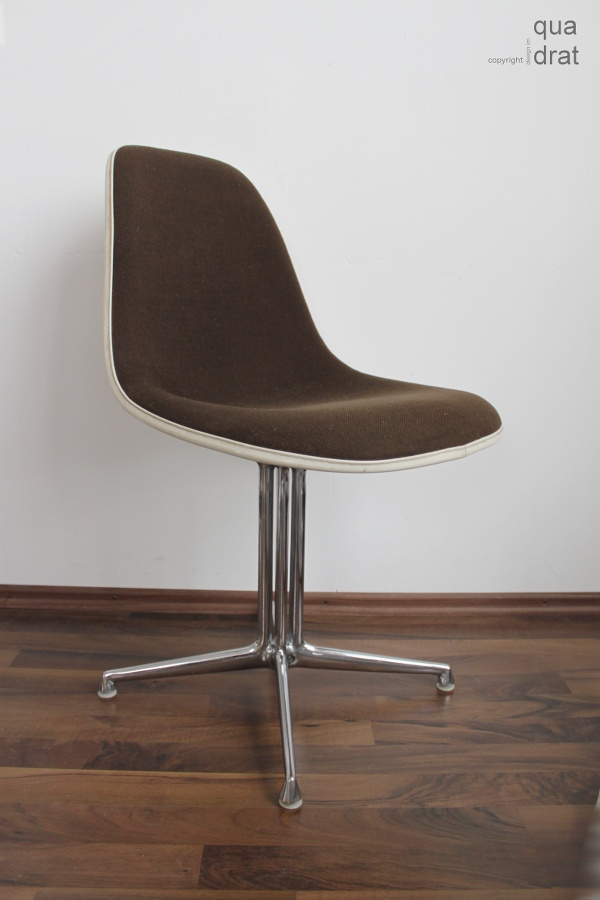 Eames Side Chair La Fonda